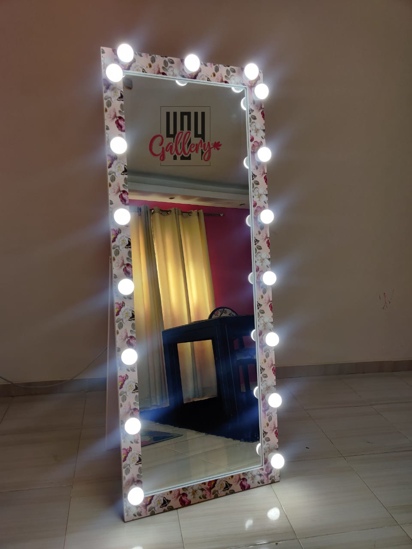Picture of Decoration mirorr